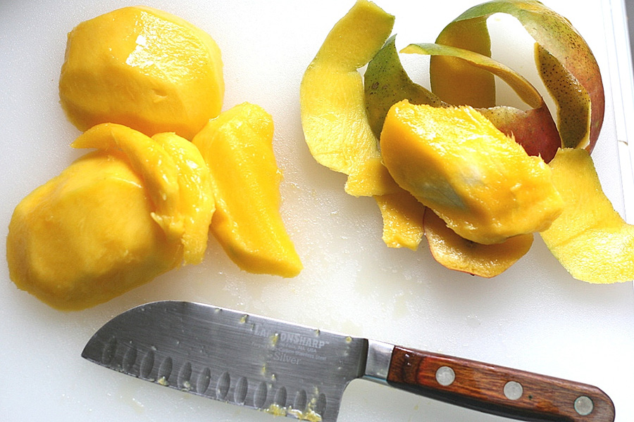Tasty Kitchen Blog: Frozen Mango Yogurt. Guest post by Natalie Perry of Perry's Plate, recipe submitted by TK member Lauren of Healthy Food for Living.