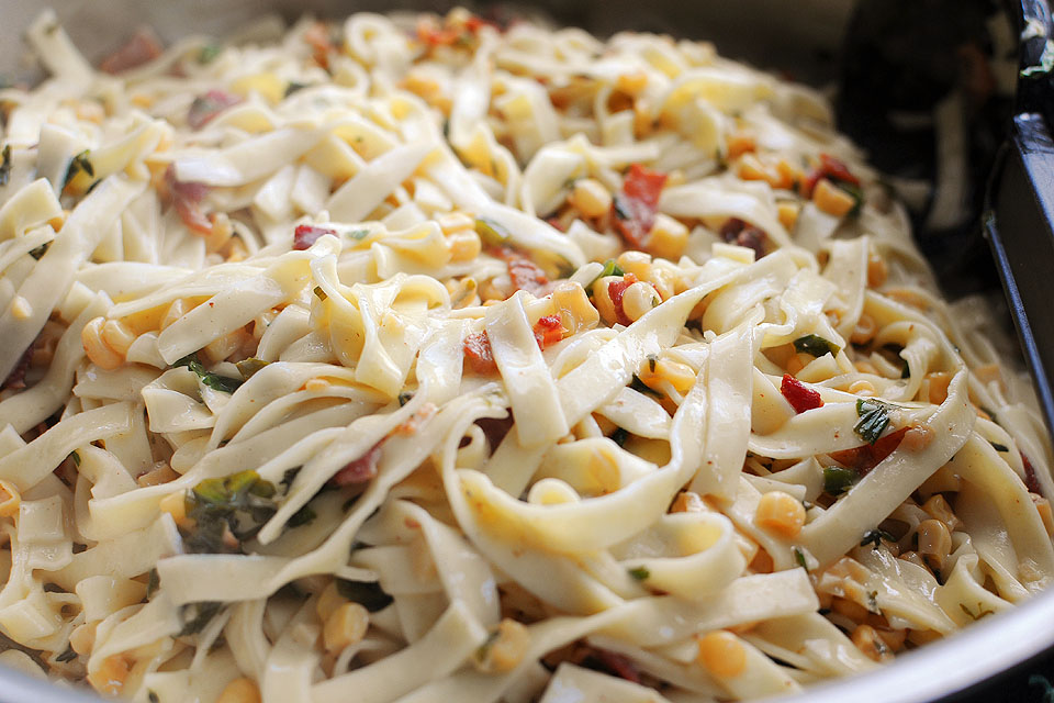 Tasty Kitchen Blog: Corn Chile Pasta Carbonara. Guest post by Amy Johnson of She Wears Many Hats, recipe submitted by TK member Erin of Dinners, Dishes and Desserts.