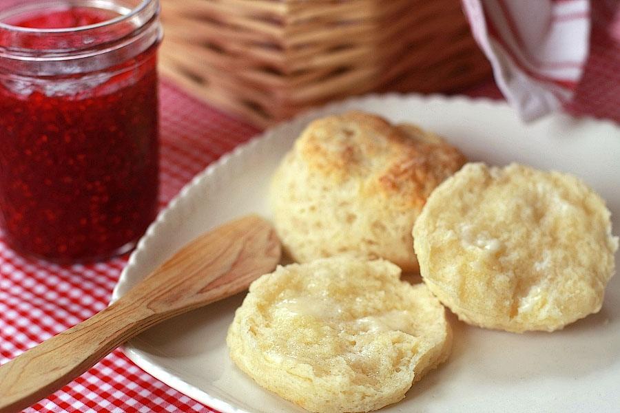 Tasty Kitchen Blog: Easy Flaky Buttery Biscuits. Guest post by Calli Taylor of Make It Do, recipe submitted by TK member ranchinmom2five.