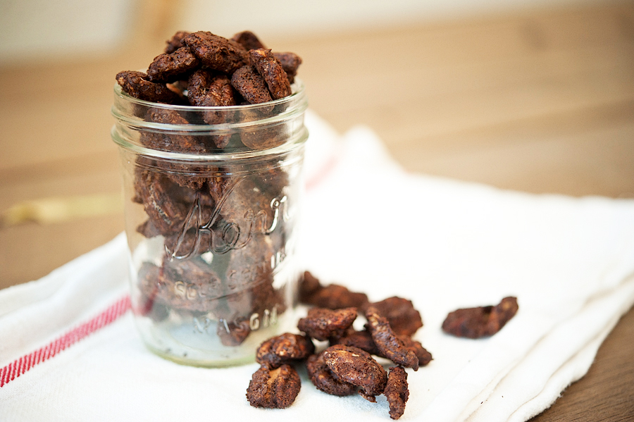 Tasty Kitchen Blog: Mexican Hot Chocolate Roasted Pecans. Guest post by Georgia Pellegrini, recipe submitted by TK member Julie of Savvy Eats.