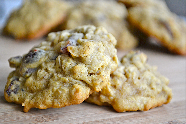 Tasty Kitchen Blog: Cookies for You (Pumpkin Oatmeal Cookies from TK member Mother Thyme)