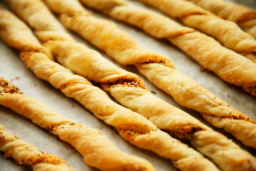 Tasty Kitchen Blog: Spicy Cheese Breadsticks. Guest post by Alice Currah of Savory Sweet Life, recipe submitted by TK member Heather of Heather Christo Cooks.