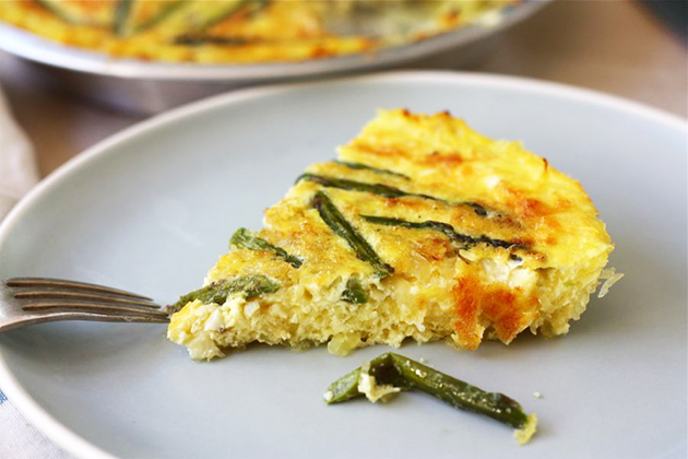 Tasty Kitchen Blog: Asparagus Quiche with a Spaghetti Squash Crust. Guest post by Adrianna Adarme of A Cozy Kitchen, recipe submitted by Tk member Claire of Just Blither Blather.