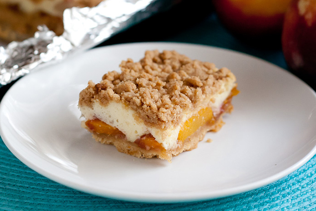 Tasty Kitchen Blog: Peaches and Cream Crumble Bars. Guest post by Natalie Perry of Perry's Plate, recipe submitted by TK member Courtney of Bake, Eat, Repeat.
