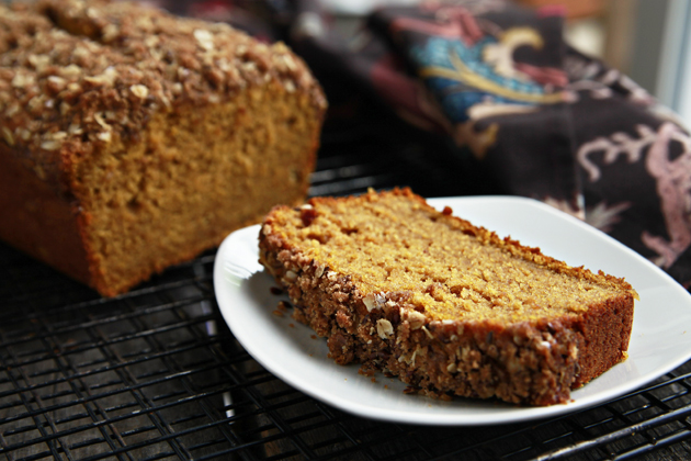 Tasty Kitchen Blog: Streusel-Topped Pumpkin Bread. Guest post and photo by Alice Currah of Savory Sweet Life, recipe submitted by TK member Shaina Olmanson of Food for My Family.