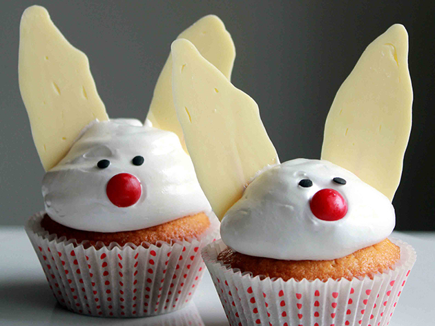 Tasty Kitchen Blog: Easter Cuteness. Bunny Cupcake from TK member Fanny of Oh Sweet Day!
