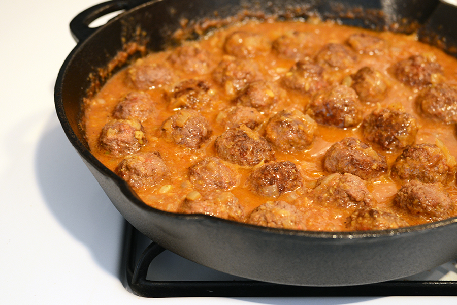 Tasty Kitchen Blog: Lamb Meatballs in a Spicy Curry. Guest post by Faith Gorsky of An Edible Mosaic, recipe submitted by TK members Vanessa and Ingrid of Food Opera.