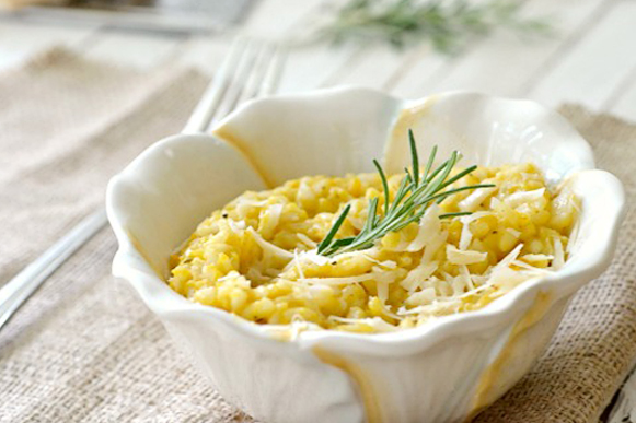 Tasty Kitchen Blog: Looks Delicious! (Light Butternut Squash Risotto, from TK member Claire of The Realistic Nutritionist)