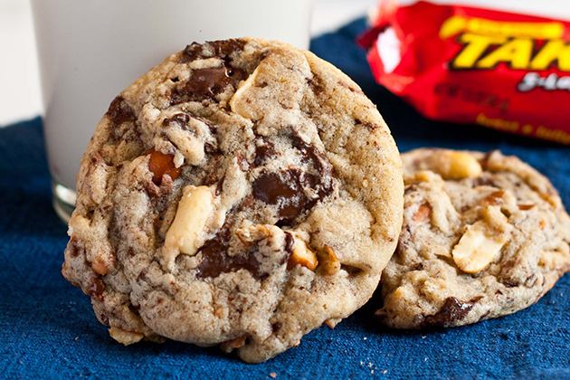 Tasty Kitchen Blog: The Theme is Leftover Candy! (Take 5 Candy Bar Cookies from TK member Courtney of Neighborfood)