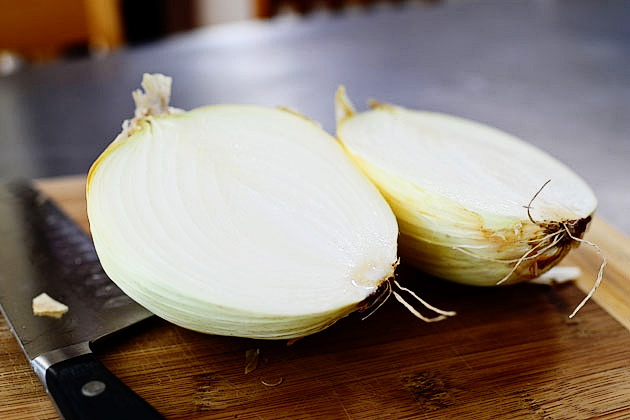Tasty Kitchen Blog: Let's Talk Onions!