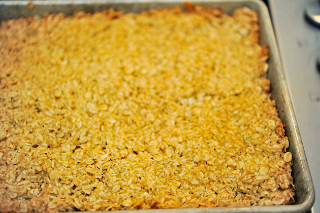 Tasty Kitchen Blog: Best Ever Oatmeal Bars. Guest post by Georgia Pellegrini, recipe submitted by TK member Jessie Jane of Lilyshop.