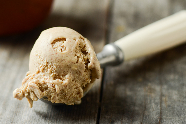 Tasty Kitchen Blog: Cinnamon Ice Cream. Guest post by Erica Kastner of Buttered Side Up, recipe submitted by TK member Amy of Gastronome Tart.
