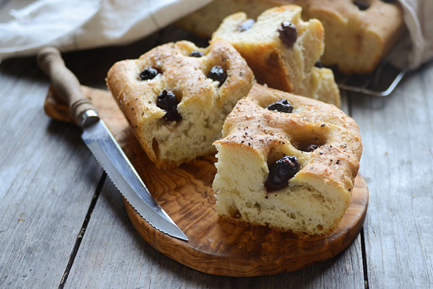 Tasty Kitchen Blog: Roasted Garlic and Olive Focaccia. Guest post by Erica Kastner of Buttered Side Up, recipe submitted by TK member Sommer of A Spicy Perspective.