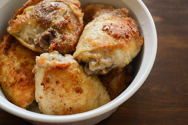 Tasty Kitchen Blog: Pollo en Salsa al Horno (Roasted Chicken in Sauce). Guest post by Erica Kastner of Buttered Side Up, recipe submitted by TK member Tammy of San Pasqual's Kitchen.