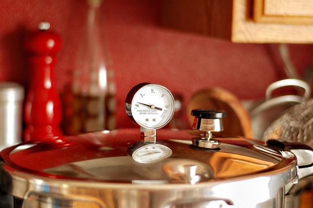 Tasty Kitchen Blog: Kitchen Talk (Pressure Cooking)