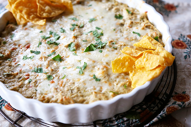 Tasty Kitchen Blog: Skinny Green Chile Chicken Enchilada Dip. Guest post by Megan Keno of Wanna Be a Country Cleaver, recipe submitted by TK member Danae of Recipe Runner.