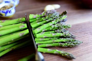 Tasty Kitchen Blog: Kitchen Talk (Asparagus)