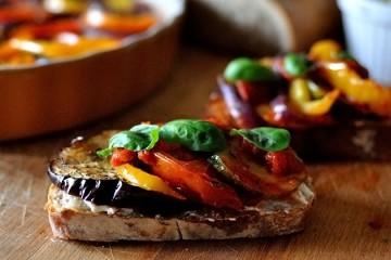 Tasty Kitchen Blog: Looks Delicious! Ratatouille Sandwiches