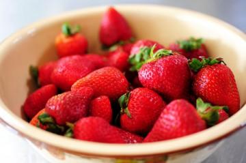 Tasty Kitchen Blog: Kitchen Talk (Strawberries)