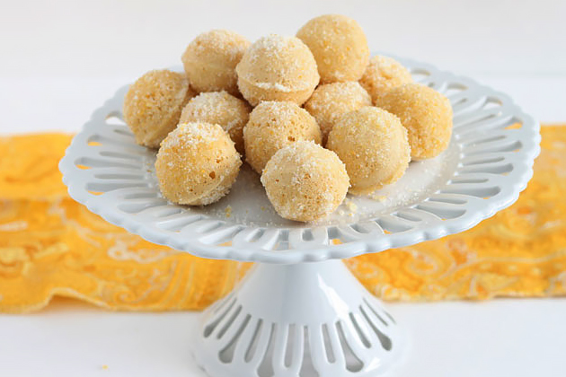 Tasty Kitchen Blog: National Donut Day! (Lemon Baked Donut Holes with Lemon Sugar)