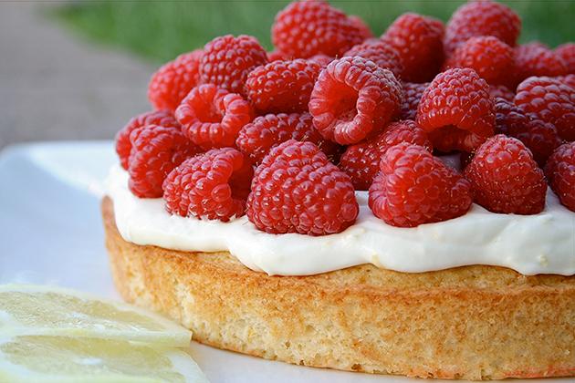 Tasty Kitchen Blog: Looks Delicious! (Lemon & Raspberry Summer Cake, submitted by TK member Lauren of Lauren's Latest)