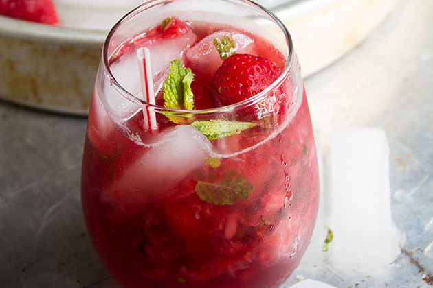 Tasty Kitchen Blog: The Theme is Mojitos! (Strawberry Pom Mojito, submitted by TK member Kate of Diethood)